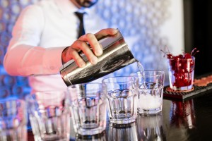 Alkol İle Birlikte Enerji İçeceği Tüketimi Yaralanma Riskini Arttırıyor