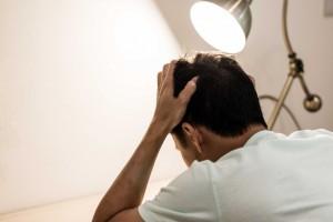 Küme Baş Ağrısı İçin Oksijen ve Diğer Akut Tedavilerin Etkililiği