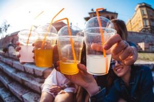 Şekerli Gazozlar ve Meyve Suları Daha Yüksek Kanser Riskiyle İlişkili