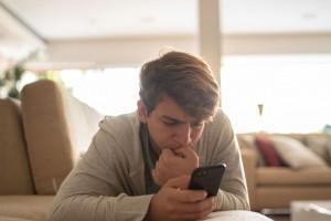 Çok Fazla Sosyal Medya Kullanımı Gençlerde Depresyon Riskiyle İlişkili