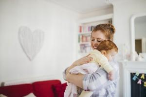 Bebeğinizi Daha Çok Kucaklayarak Onun Karakterini Değiştirebilir Misiniz?