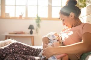 Emzirilen Bebeklerin Bağırsaklarında Daha Az Virüs Mü Bulunur?