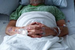 Kolorektal Kanserde Sağ Ve Sol Taraftaki Tümörler Arasında Bağışıklık Manzaraları Farklılıkları