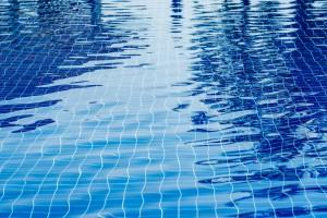 Pandemi Sürecinde Havuza Gitmek Güvenli mi?