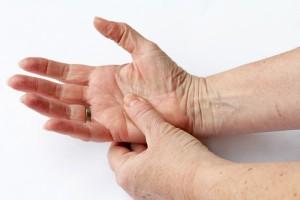 RA`lı Hastalarda Biyolojik veya Hedeflenmiş Sentetik DMARD`lar Demansı Azaltabilir Mi?