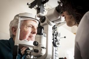 Göz Testleri Parkinson İle Bağlantılı Bilişsel Gerilemeyi Önceden Tahmin Edebilir Mi?