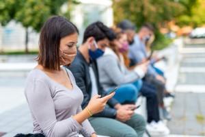 Sosyal Medyadaki Üç Kanser Makalesinden Birinde Yanlış Bilgiler Yer Alıyor