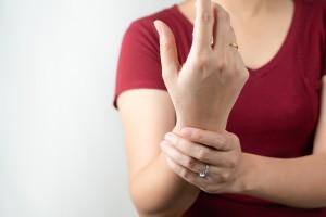 Romatoid Artrit Vücudumuzu Nasıl Etkiler?