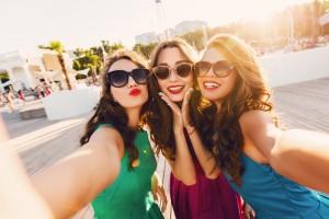Özçekim (Selfie) İnsanları Mutlu Ediyor